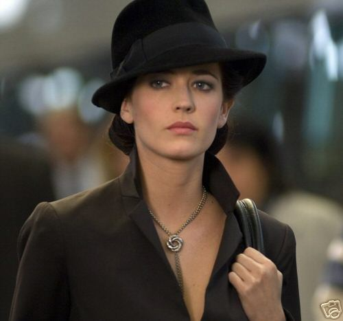 Jewellery designer Sophie Harley's Love Knot has a starring role in the New James Bond film Casino Royale.
