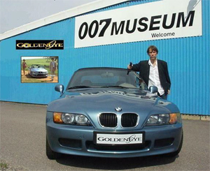 BMW  Z3  GOLDENEYE  007  MUSEUM.  James Bond alias Gunnar Schäfer
