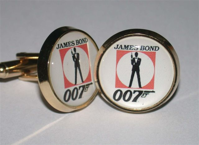 James Bond manchetter  with Bond logo