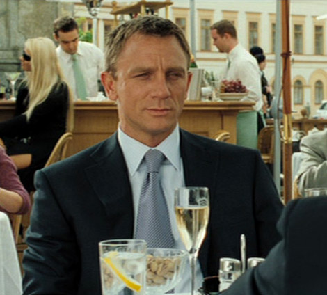 Daniel Craig  James Bond in Casino Royale Montenegro (Grand Hotel Pupp Karlovy Vary Tjeckien) with Champagne Bollinger glass flute with Bollinger logo on the glass