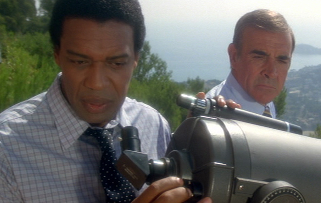 Felix Leiter: Bernie Casey  James Bond: Sean Connery