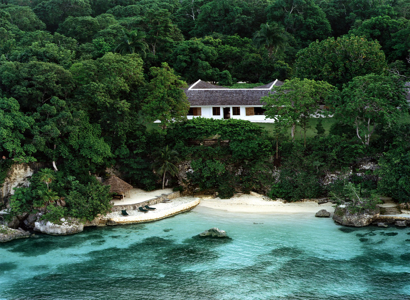 Goldeneye was the name given by Ian Fleming to his estate in Oracabessa, Jamaica. He purchased the land next door to Golden Clouds estate and built his ...