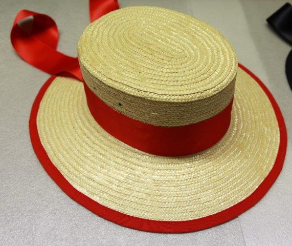 Genuine Hat used Venetian Gondolier genuine straw. Manufactured under contract from Equador. blue and red ribbons. Made in Italy.