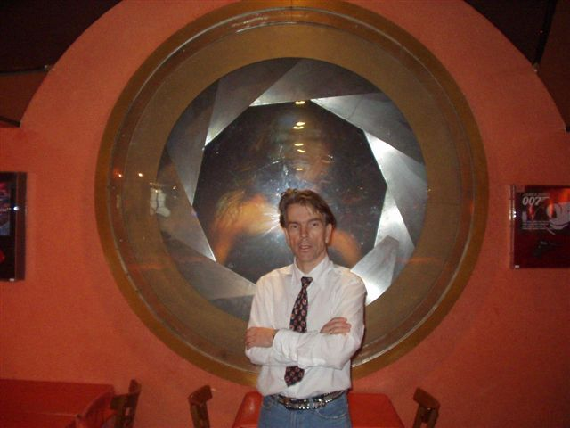 Gunnar in a typical 007 scene planet Hollywood London